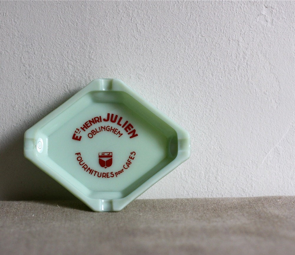 vintage jadite french bistro ashtray - voladoravintage