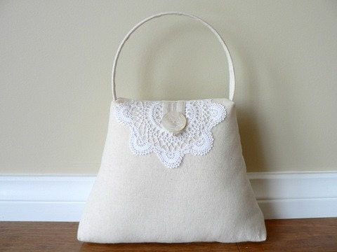 The Handbag Doortsop - Linen and Lace 2