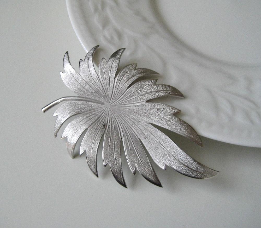 Silver Leaf Vintage Brooch