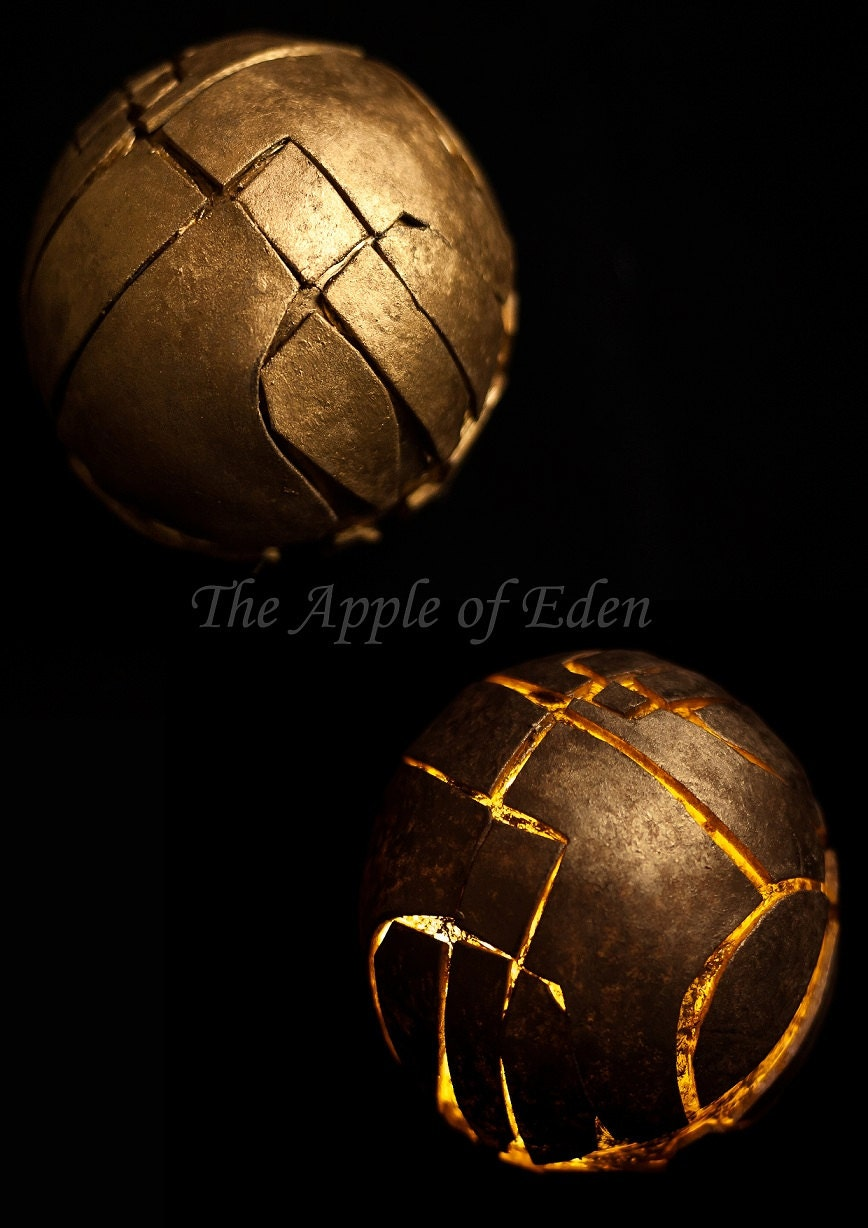 items similar to assassins creed the apple of eden on etsy. Black Bedroom Furniture Sets. Home Design Ideas