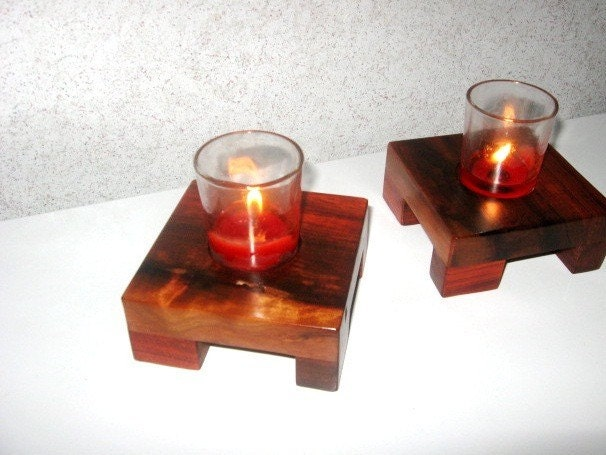 Red Heart Candle Holders. Notice the wrap around legs.