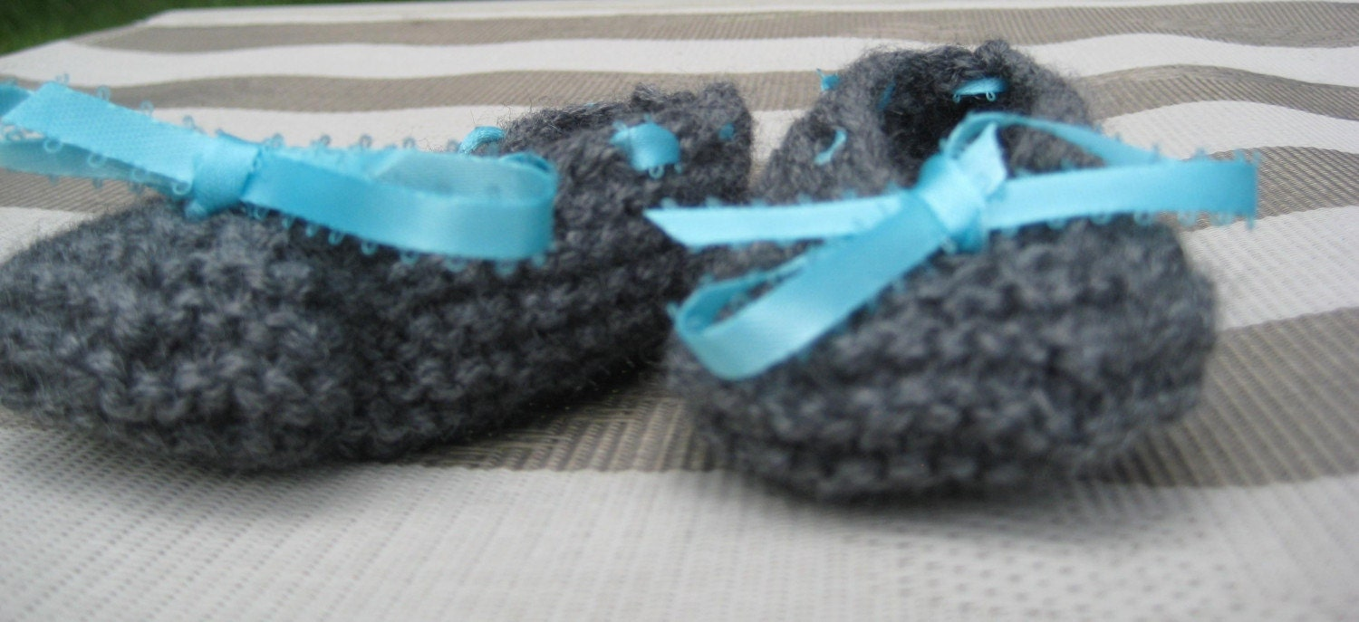 Gray Baby Booties with Turquoise Ribbon