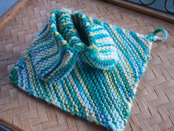 Pot Holder Knitting Pattern : Knit Pot Holder set Plate Pincher Mitt-Knit by bjsknits on Etsy