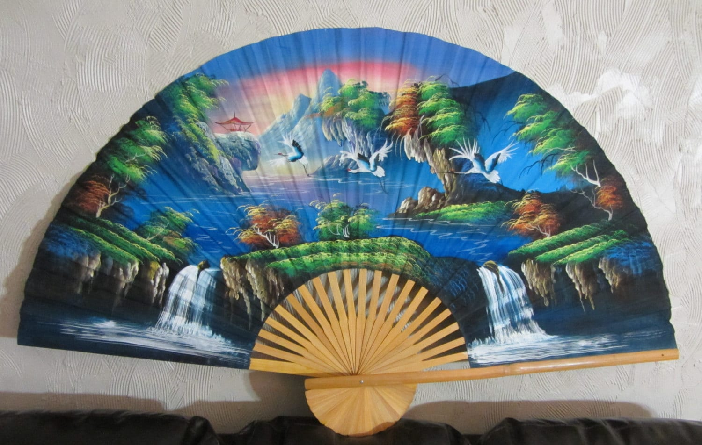 Hand Painted Oriental Fan