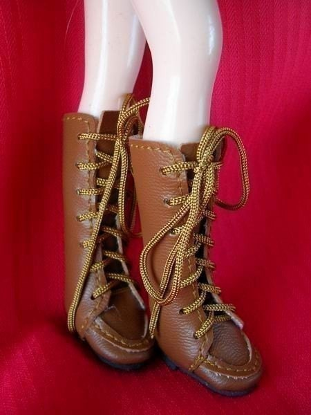 Blythe Boots (Brown)...