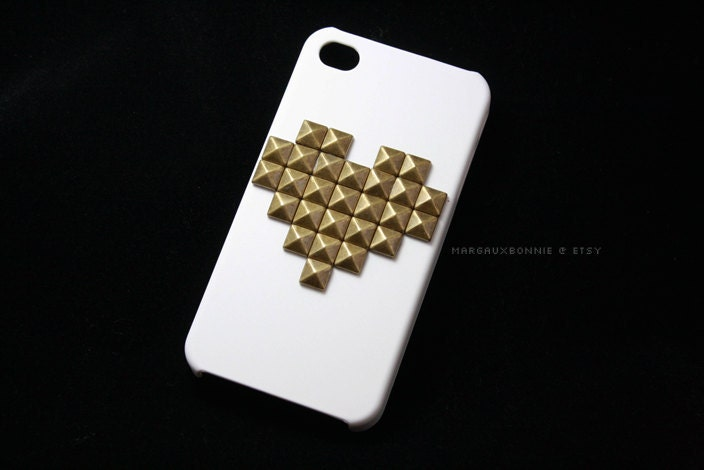 FREE Shipping US -- Gold Brass Studs Heart Pattern iPhone 4 4S White Black or Charcoal Gray Studded Phone Case AT&T Verizon Sprint