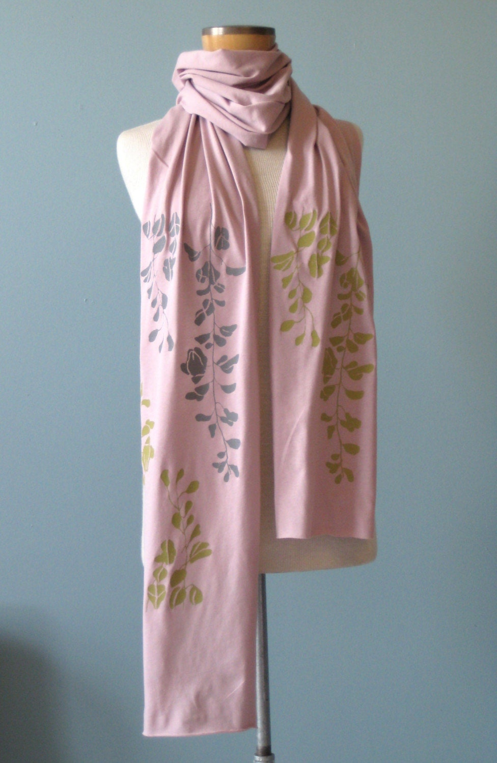 Pale Mauve Jersey Scarf with Wisteria Print