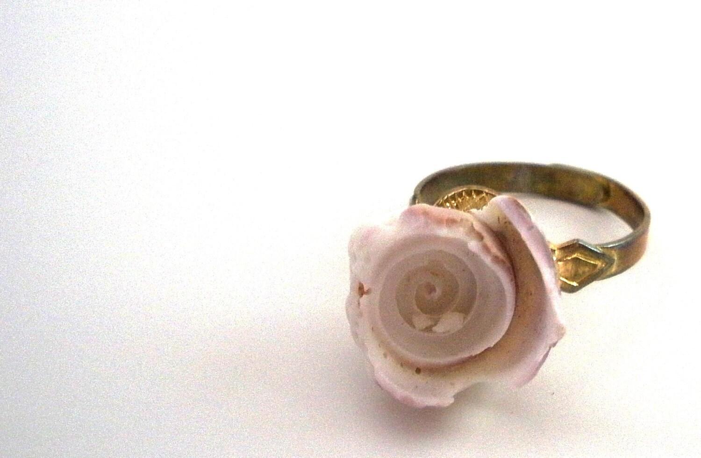 Seashell Ring - Adjustable - Sea, Ocean, Beach, Organic, Natural