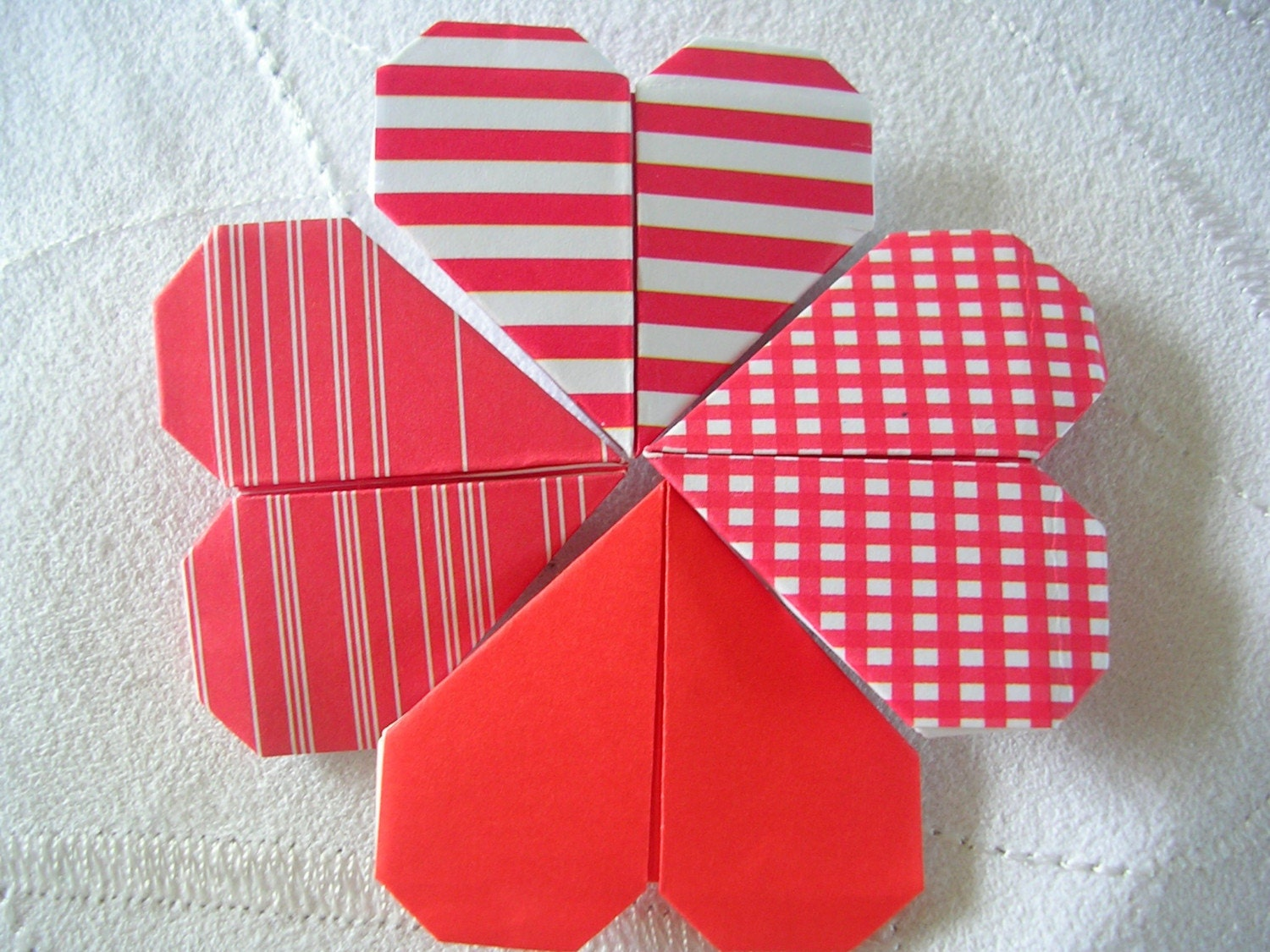 HOW TO ORIGAMI HEARTS « EMBROIDERY & ORIGAMI - photo#15