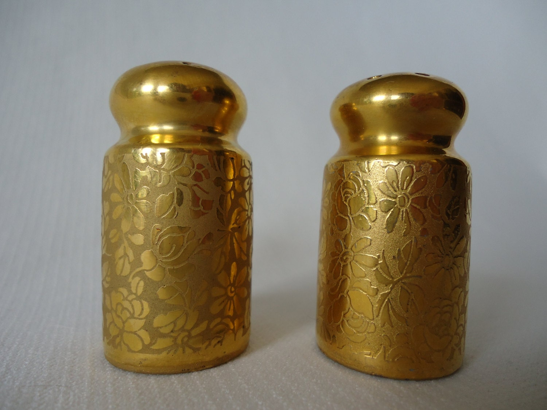 Stouffer Gold Porcelain Salt Pepper Shakers By