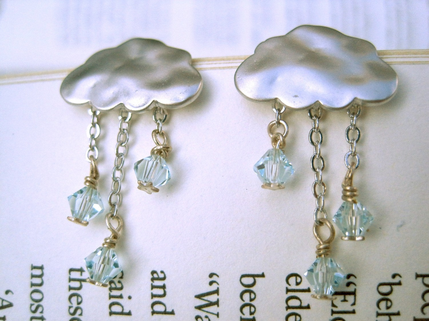 Cloud earrings with swarovski crystal rain
