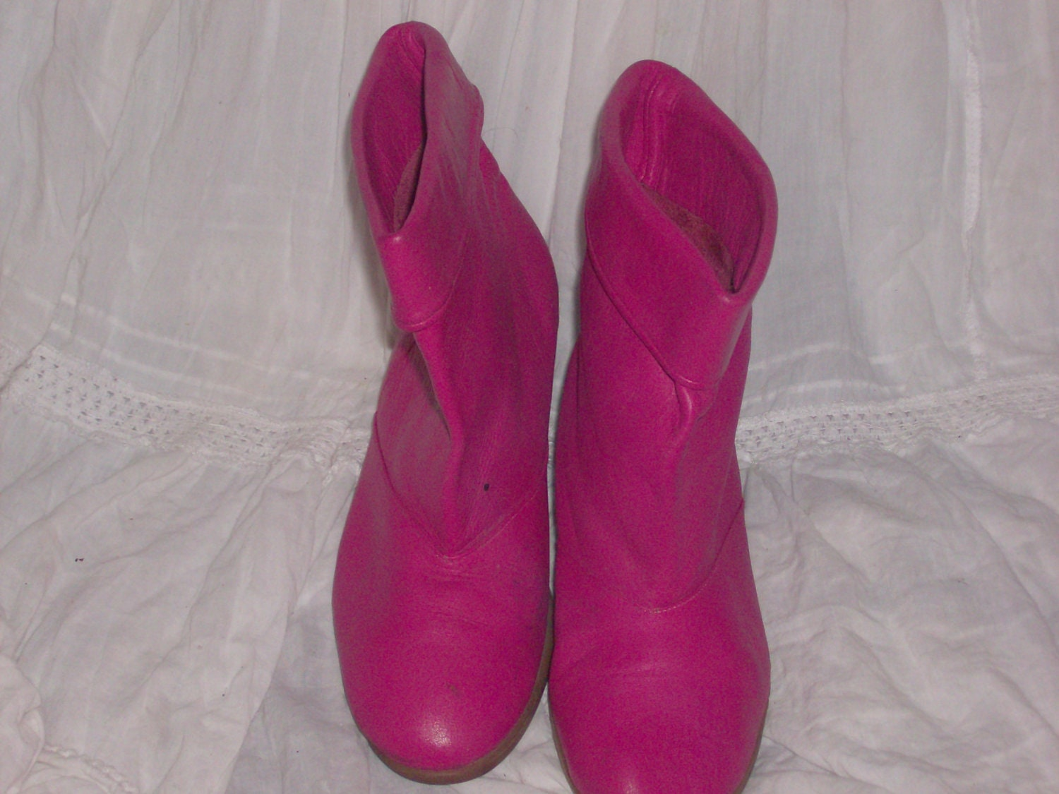 pink ankle boots shoes size 6m by pace by