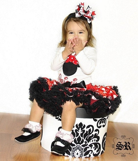 Miss Minnie Mouse Pettiskirt Outfit