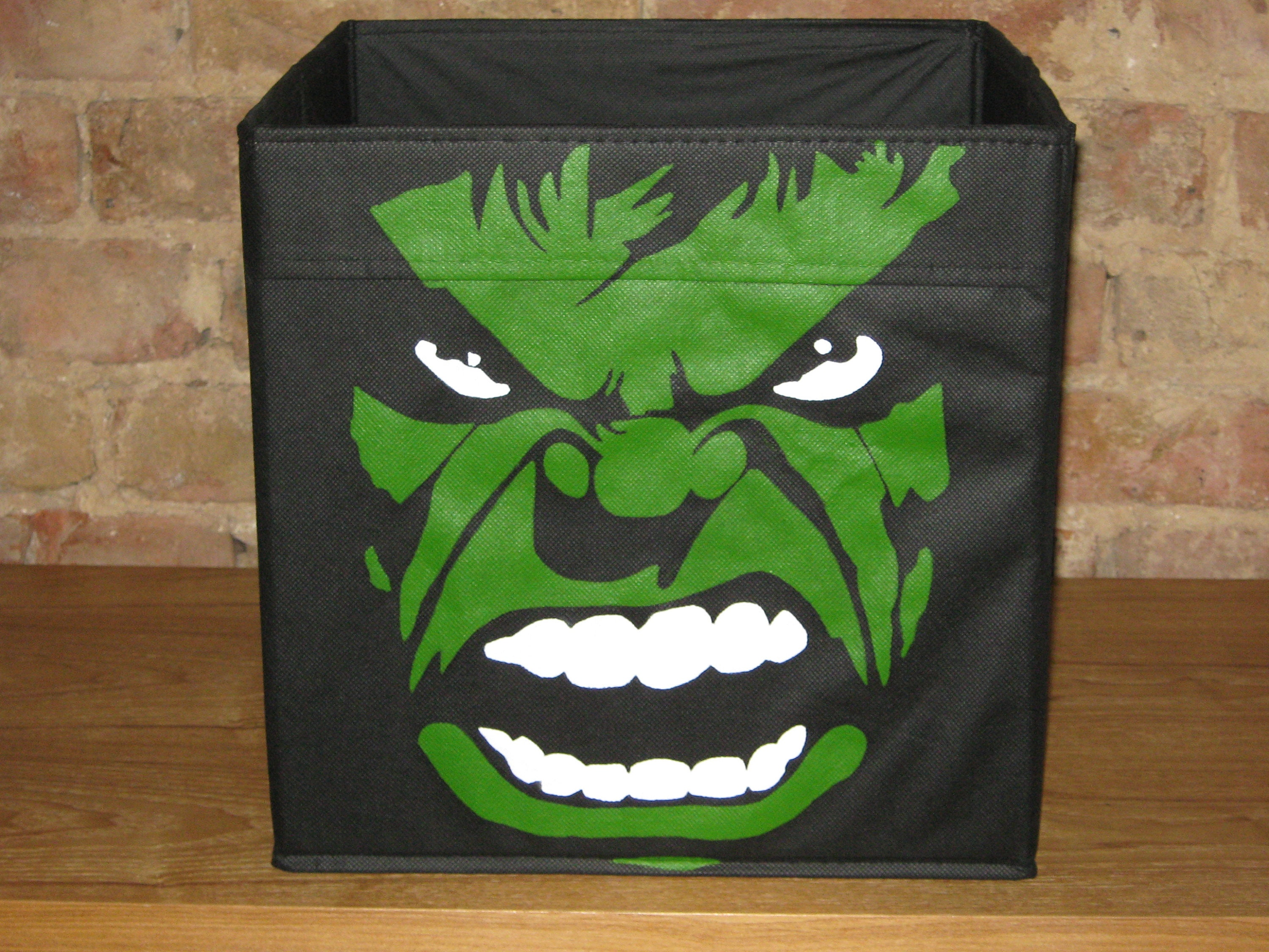 Incredible Hulk folding storage cube