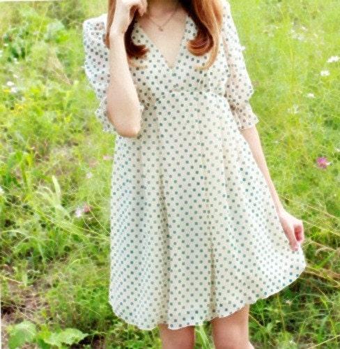 Vintage 70s 80s green and white polka dot mini dress