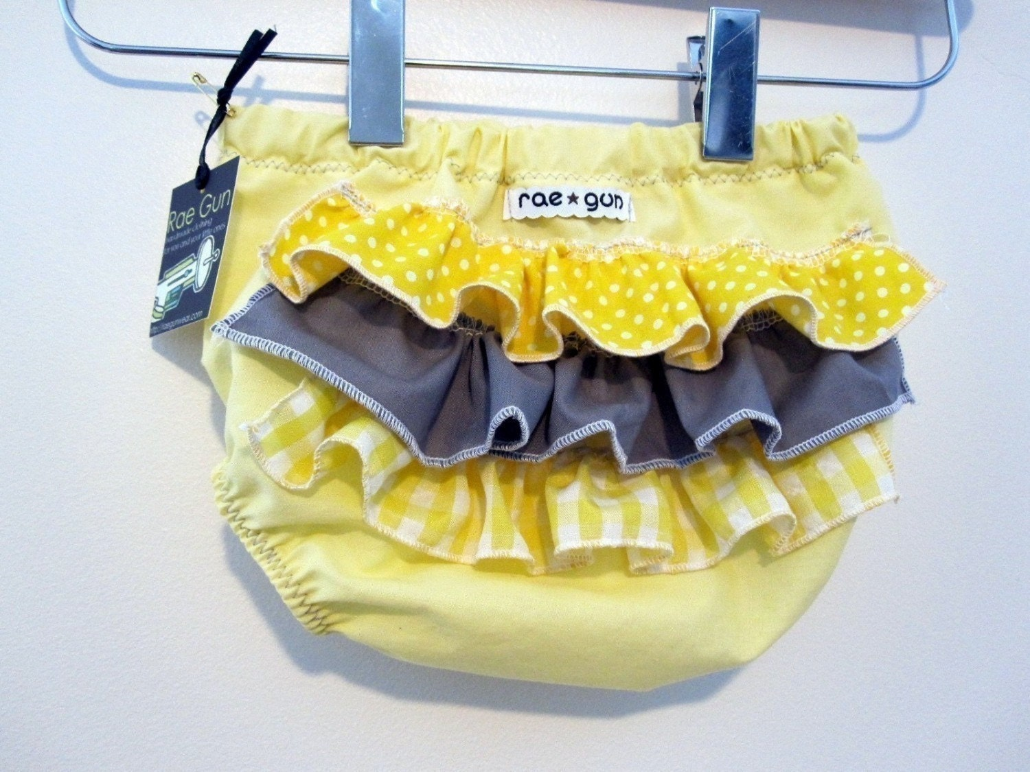 ruffled diaper covers, etsy-baby-products