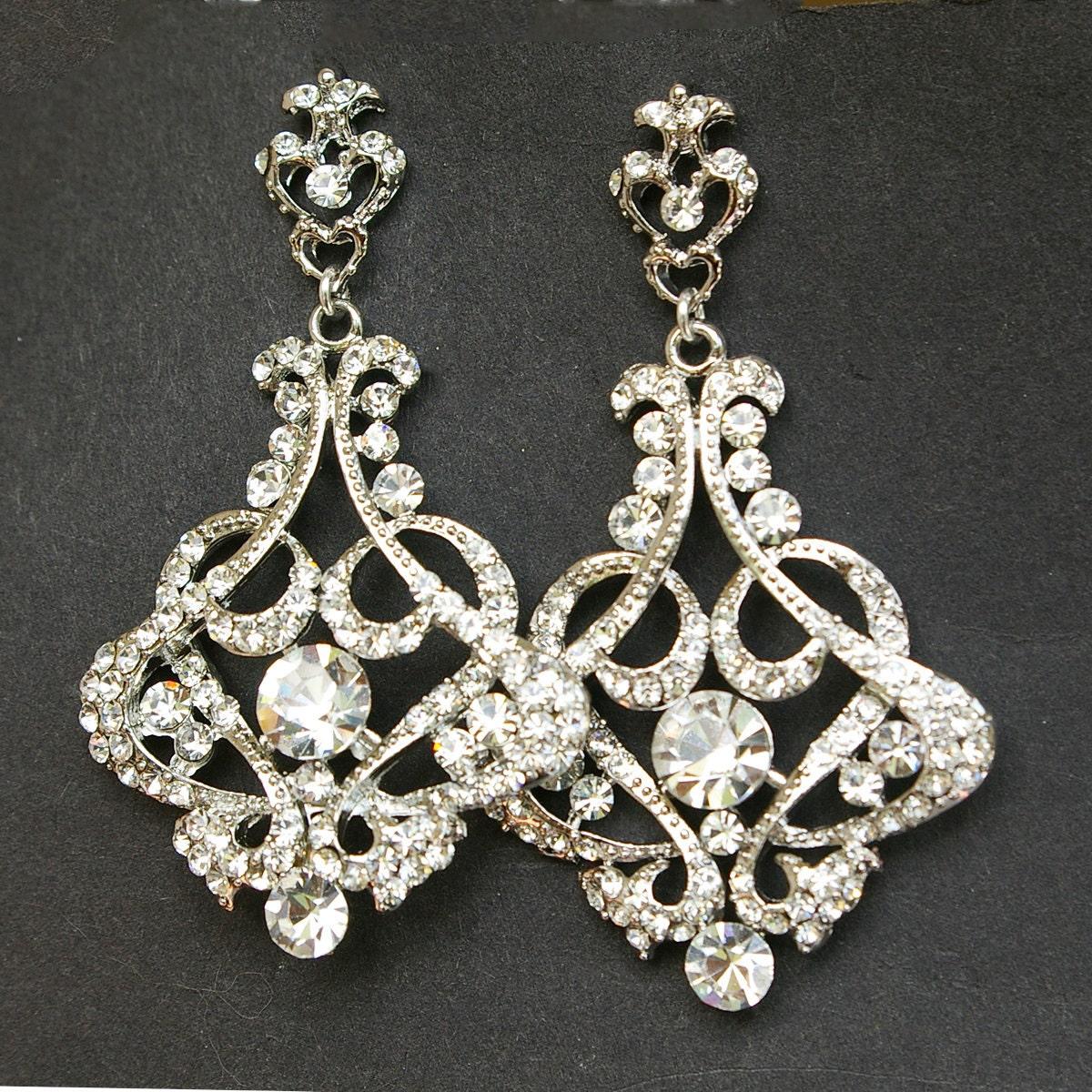 Vintage Style Earrings: Crystal Chandelier Bridal Earrings Vintage Style By Luxedeluxe