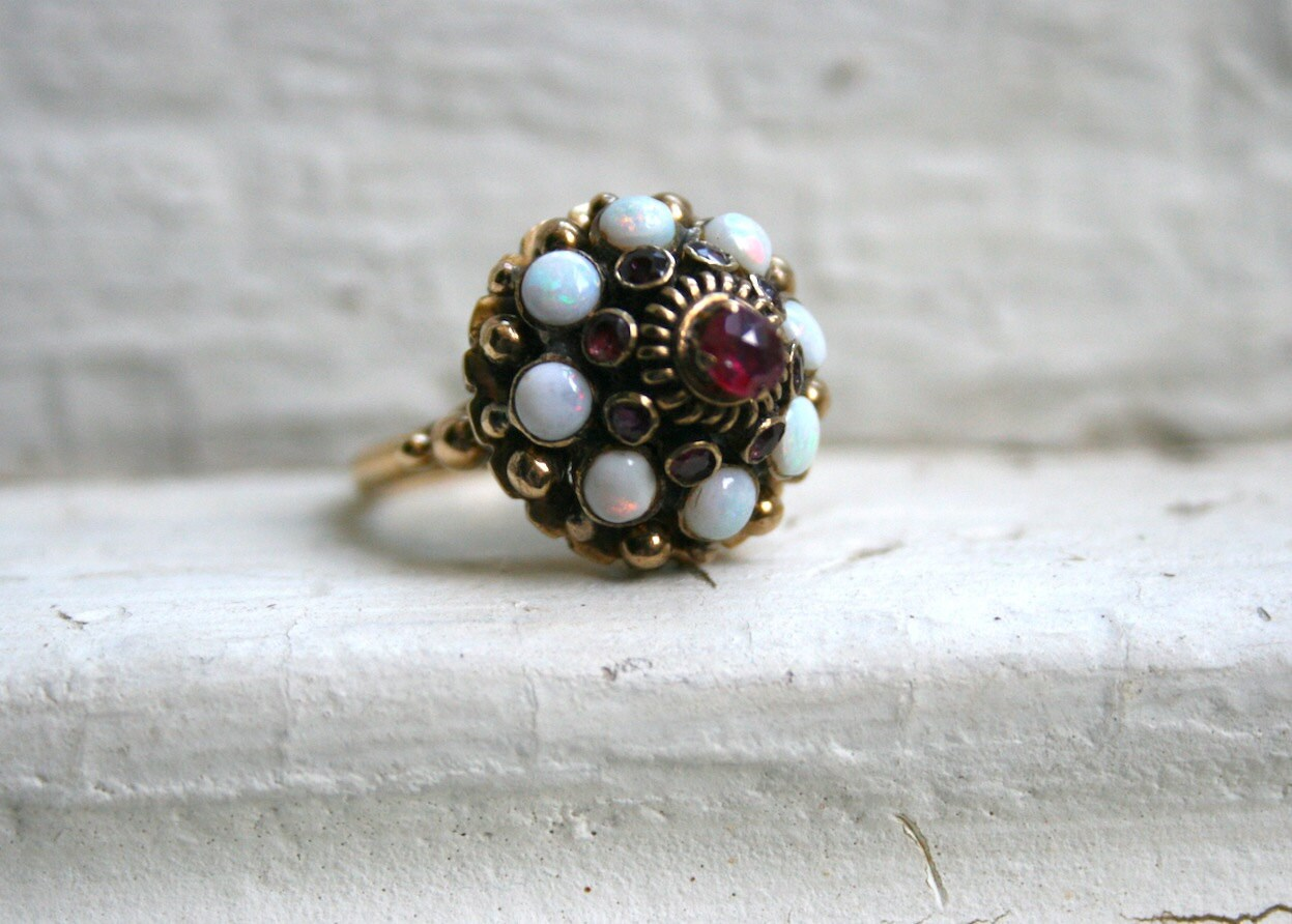 vintage 14k yellow gold thai princess ring with ruby by