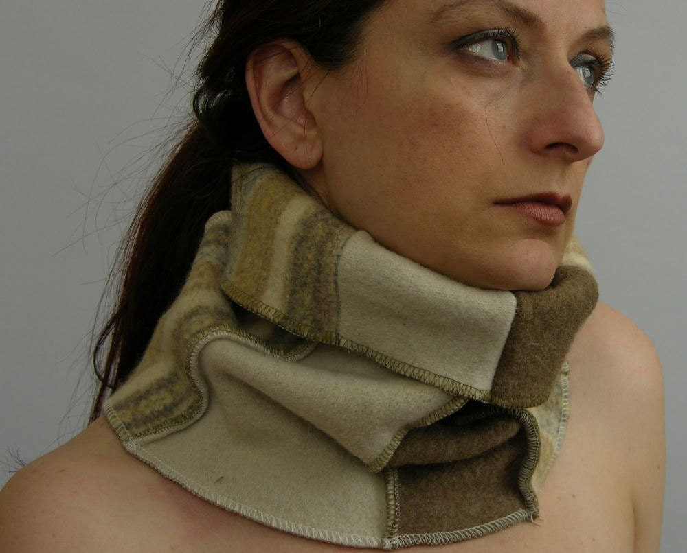 капот - трубка шарфом - шея теплее - унисекс - переработанной шерсти - пэчворк - крем и нуга - tbteam therougett