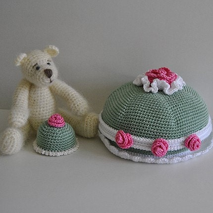 PDF Crochet Pattern - Bear and Princess Cakes