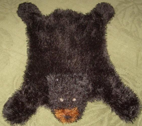 Knitting Patterns For Rugs : Bear Hug Rug MACHINE Knitting Pattern PDF by dancingfabrics