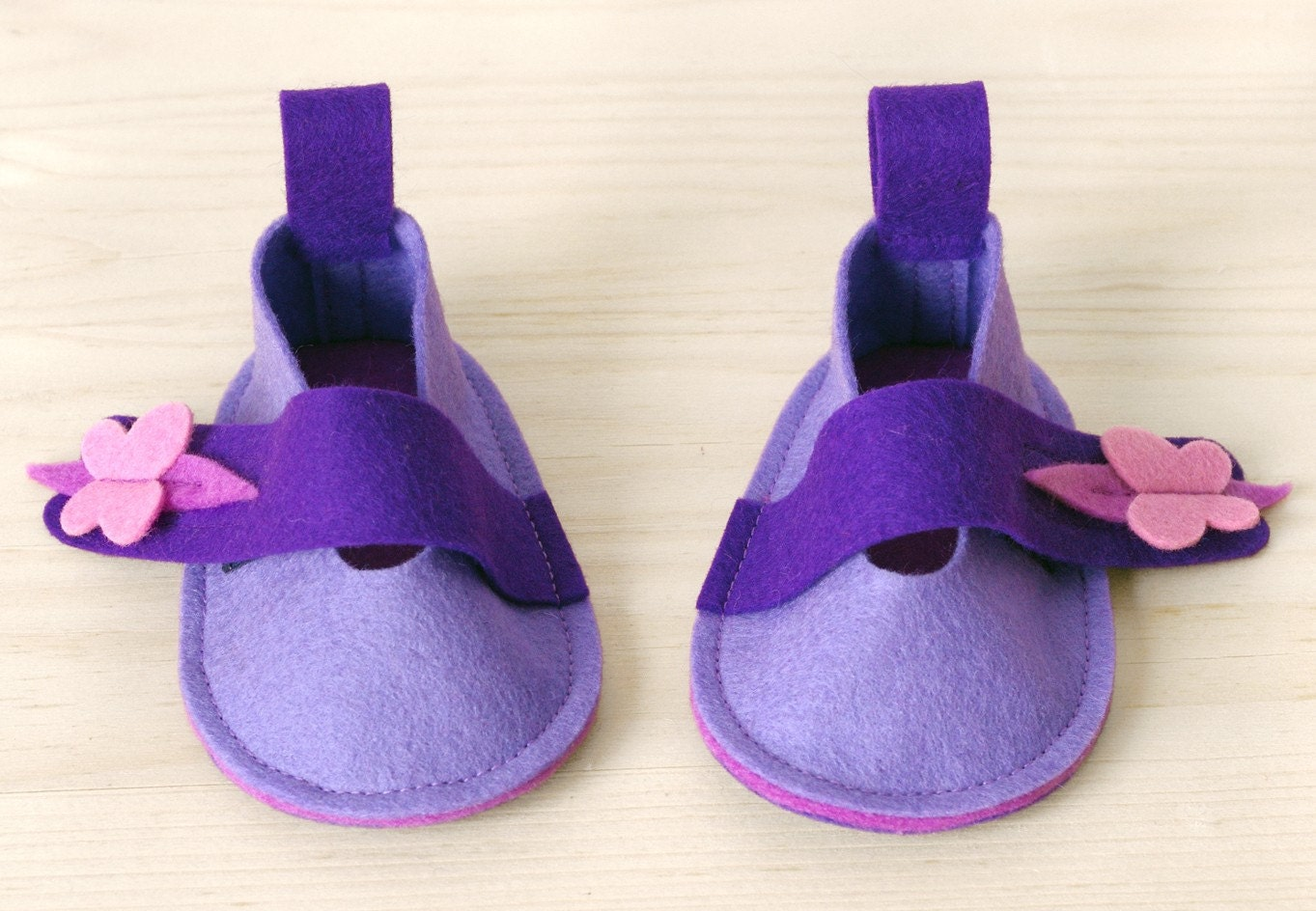 Baby girl booties - girls ballet flats Emily lavender & pink with Butterfly - pure wool felt baby shoes