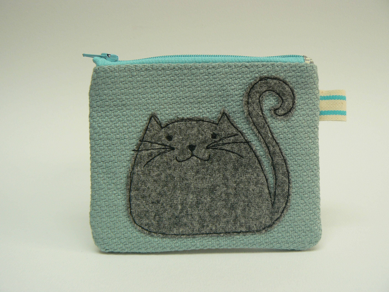 Tweedy Cat applique pretty blue zipped purse notions pouch