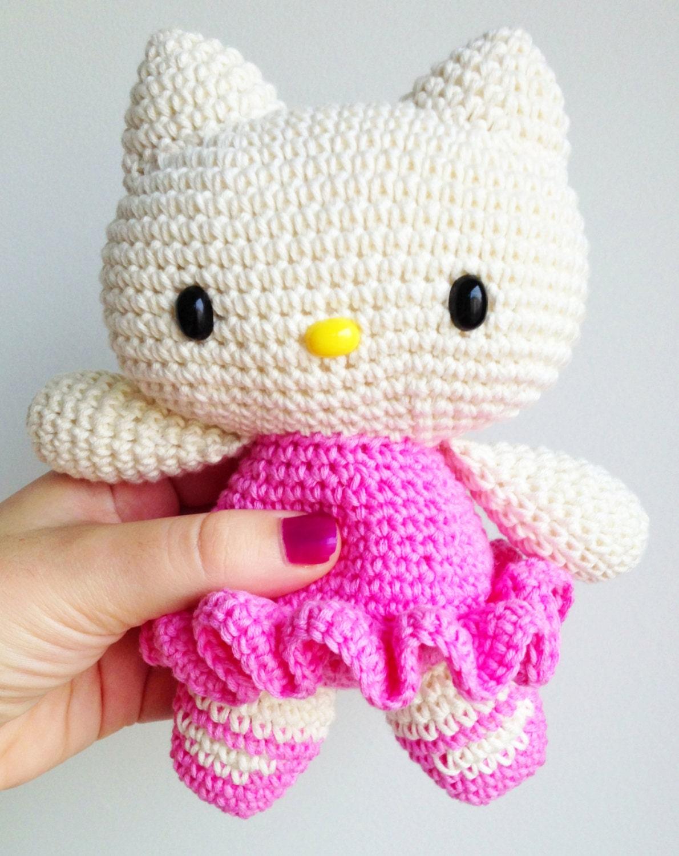 Amigurumi Gatita Kitty : Kitty de peluche Kitty amigurumi Hello Kitty por ...