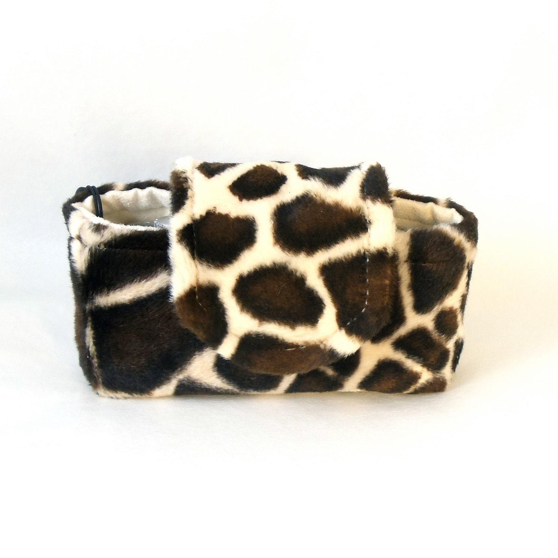 Giraffe Print Camera Case, Unique Animal Print Camera Bag - Dragonpop