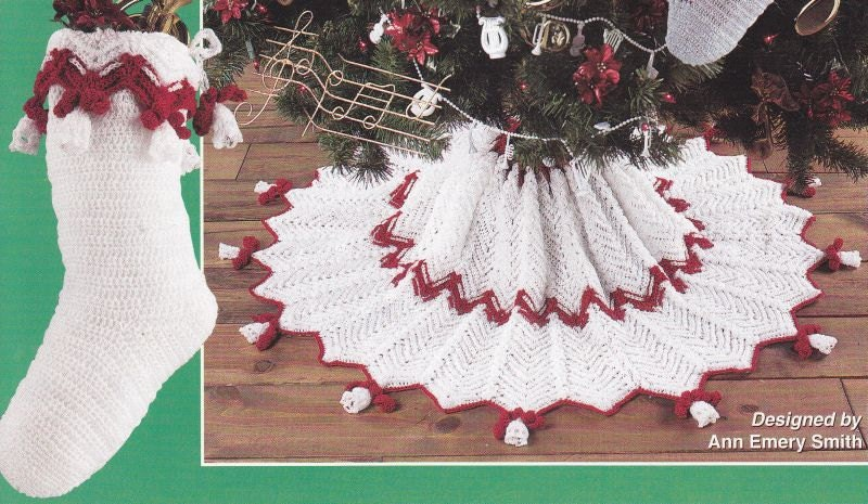 Crochet Xmas Tree Skirt : Christmas Tree Skirts Crochet Patterns with by PaperButtercup