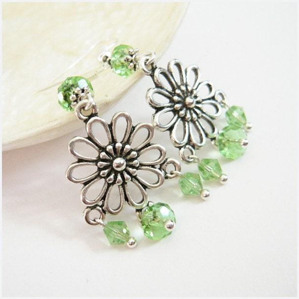 Flower Treasure - Green Earrings