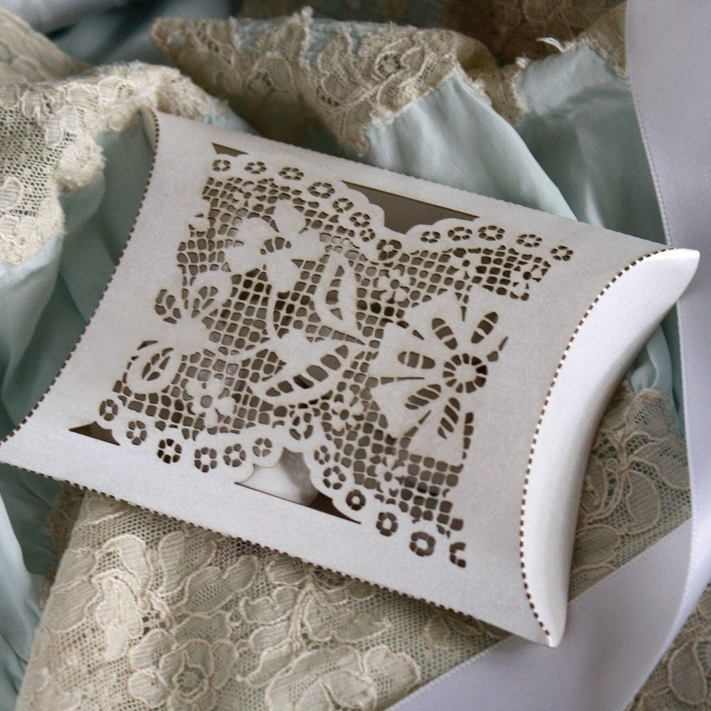 Favor Box unique laser cut lace pillow box