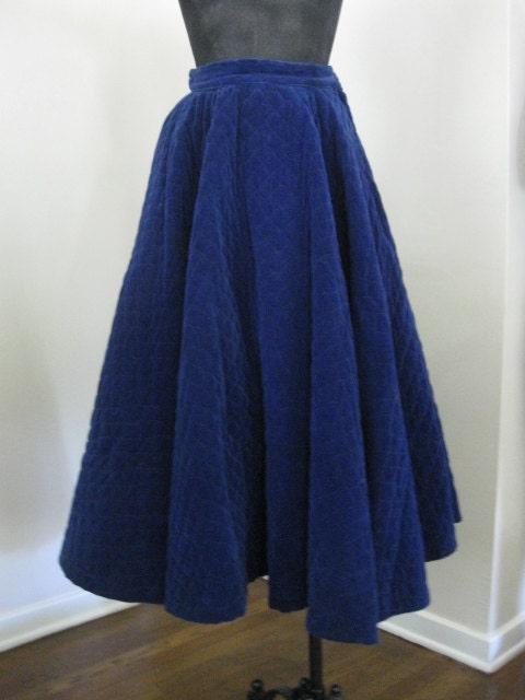 1950s true vintage blue velvet circle skirt by vintageminks