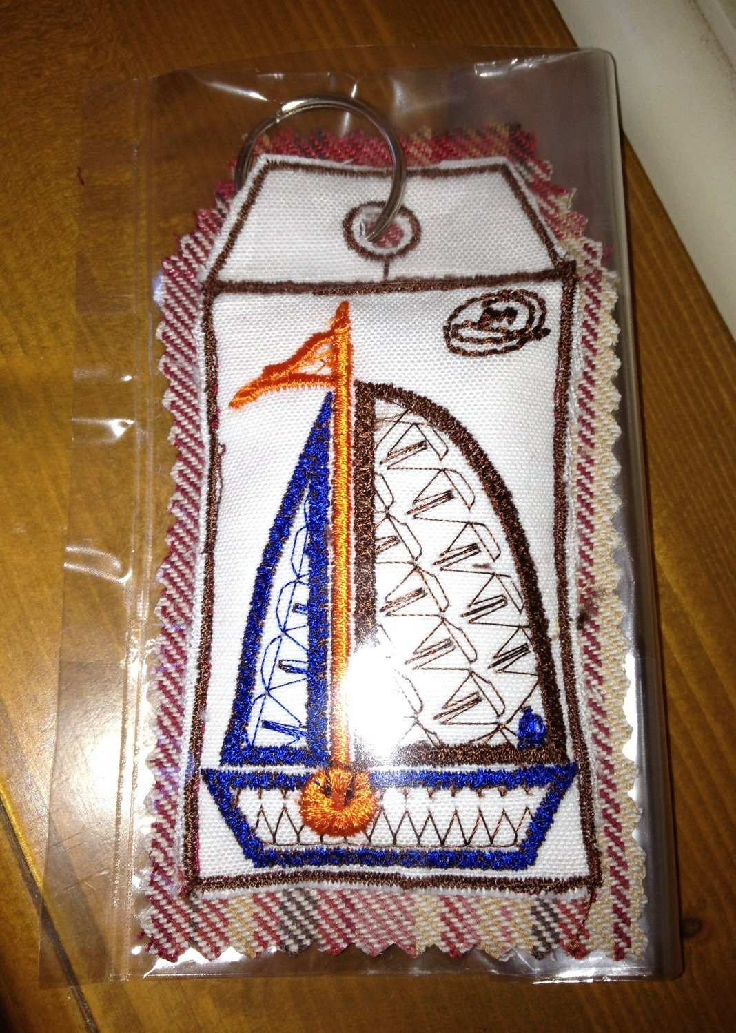 key Ring - Organic Lentil & Whole Clove Fragrance - Embroidery Sailing Boat