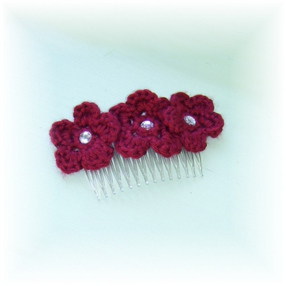 Hair Comb Red Flowers Crocheted