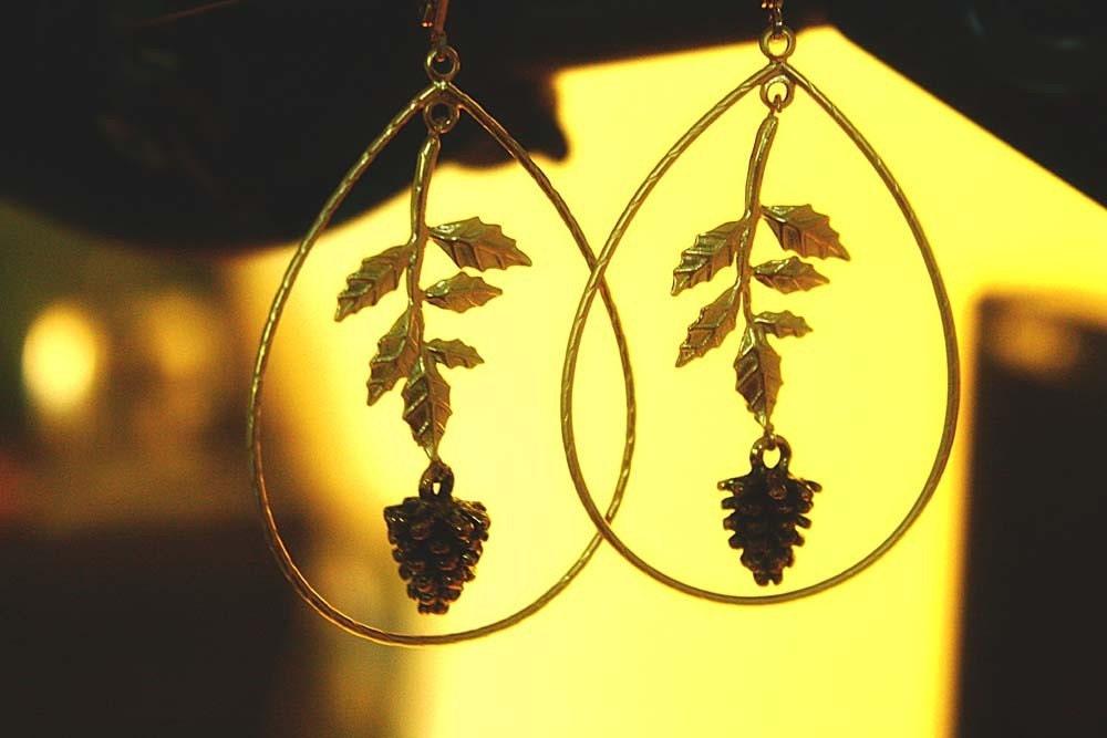 Pine cones earrings