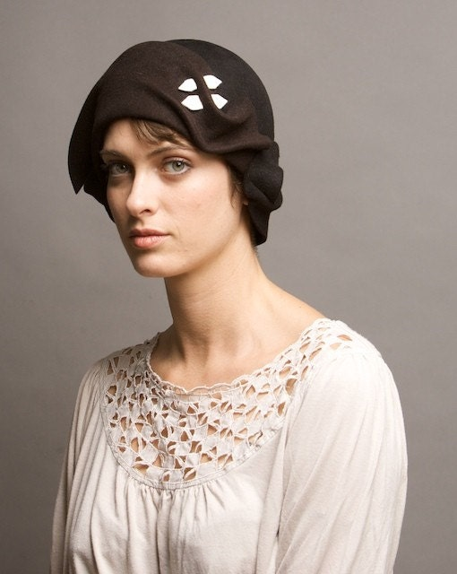 two-tone black and brown cloche with white detail