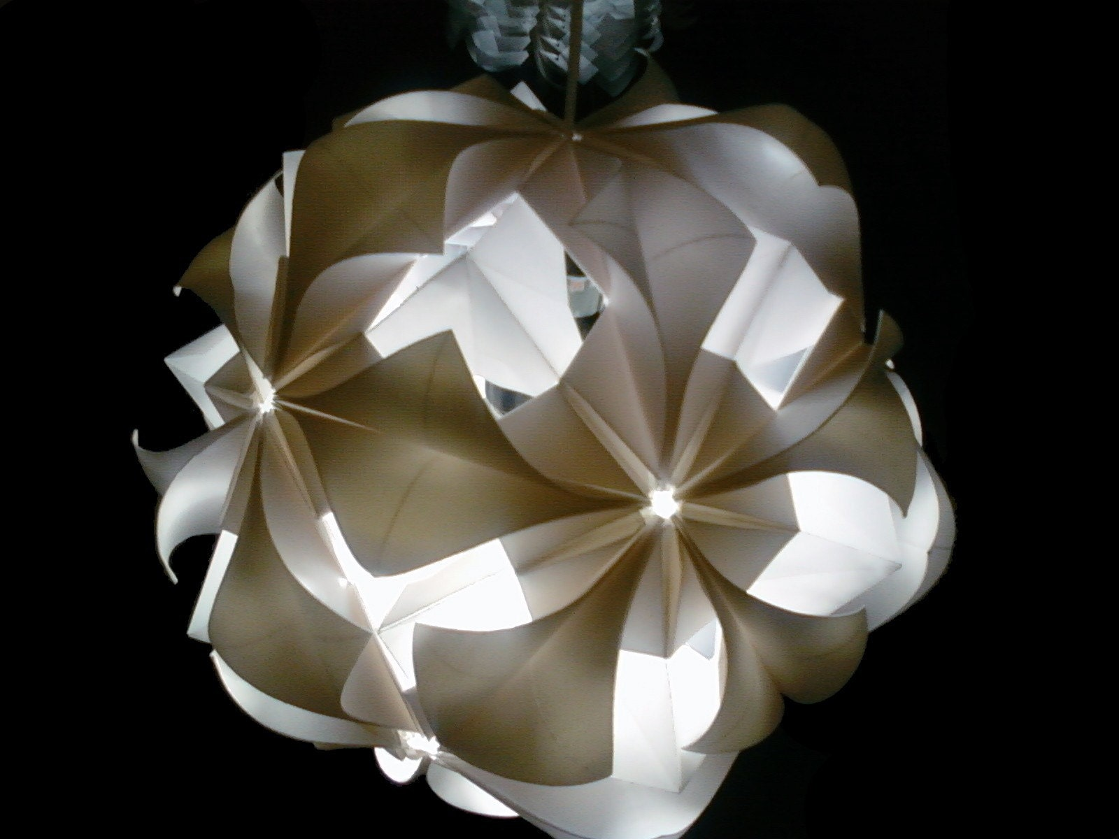 White Origami Hanging Lamp 10 inches