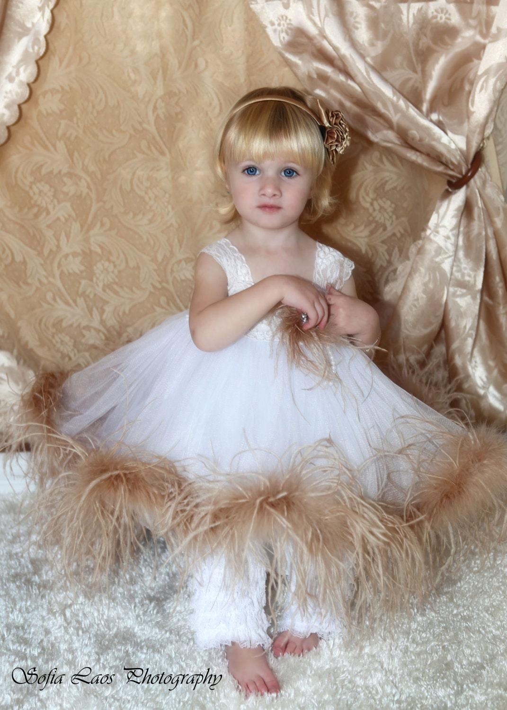 یکی زیبا از یک نوع لباس فرشته ناز شترمرغ توتو