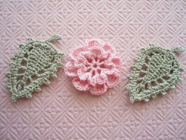 Crochet Embellishment Applique -  Pink Irish Rosette and Fancy Veined Leaves