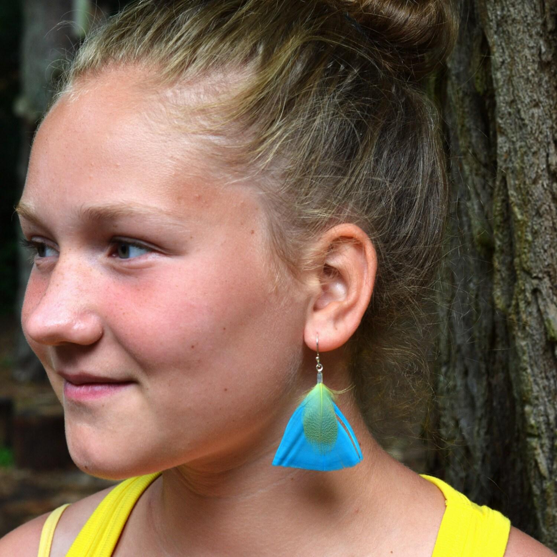 Feather Earrings Silver - Lightblue Yellow - LoekiNar