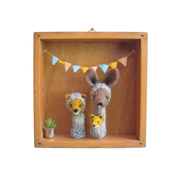 ON SALE Nursery or Kid's Room Decor, Needle Felted Kangaroo and Fox  Finger Puppets in a Vintage Wooden Box, Eco Friendly Toy, Wall Hanging