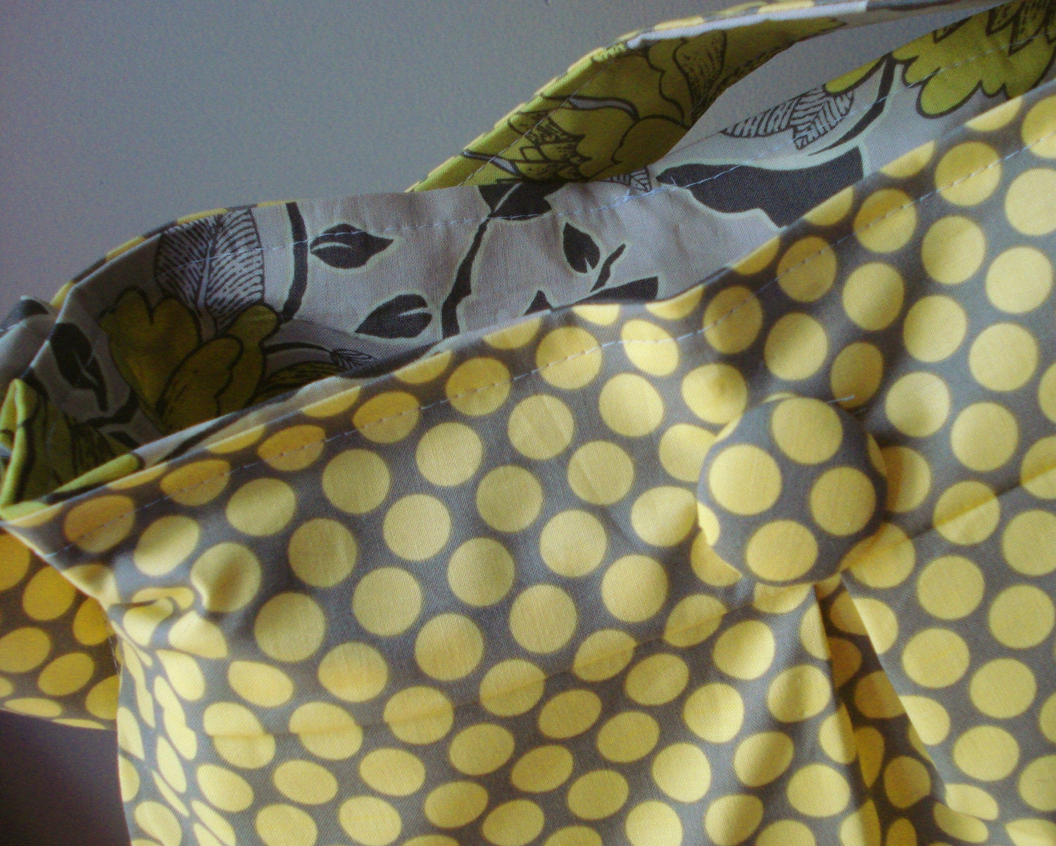 Reversible Hobo Bag - Large - Peony in Sand and Full Moon