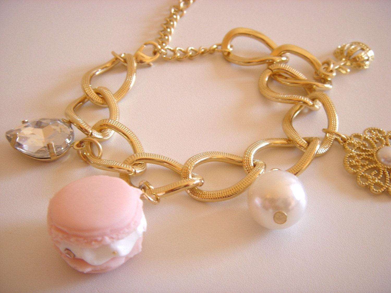 Macaron---Pearl---Crown---LightPinkGold---Bracelet