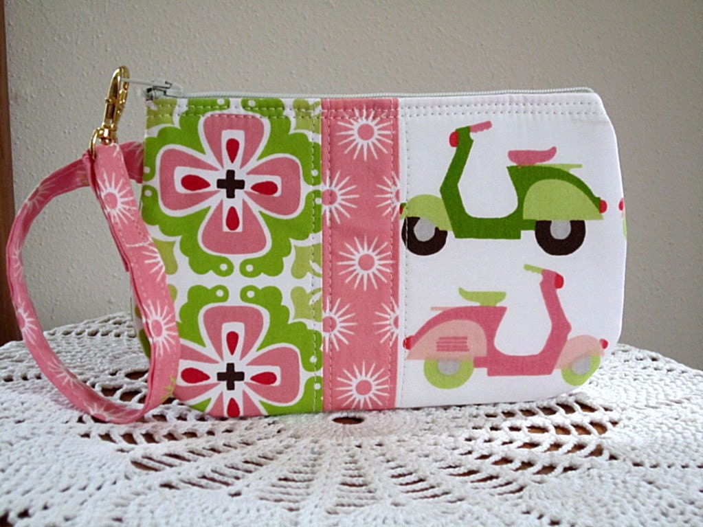 Wristlet  Clutch Gadget Purse Bag in Scooters in Paradise