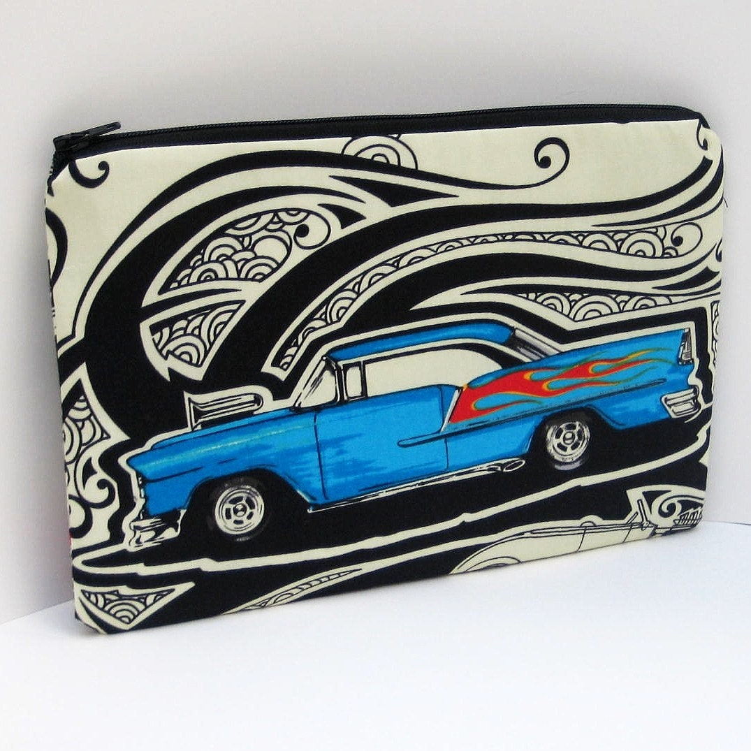 CLASSIC CAR Medium Zipper Pouch. From OceanPatch
