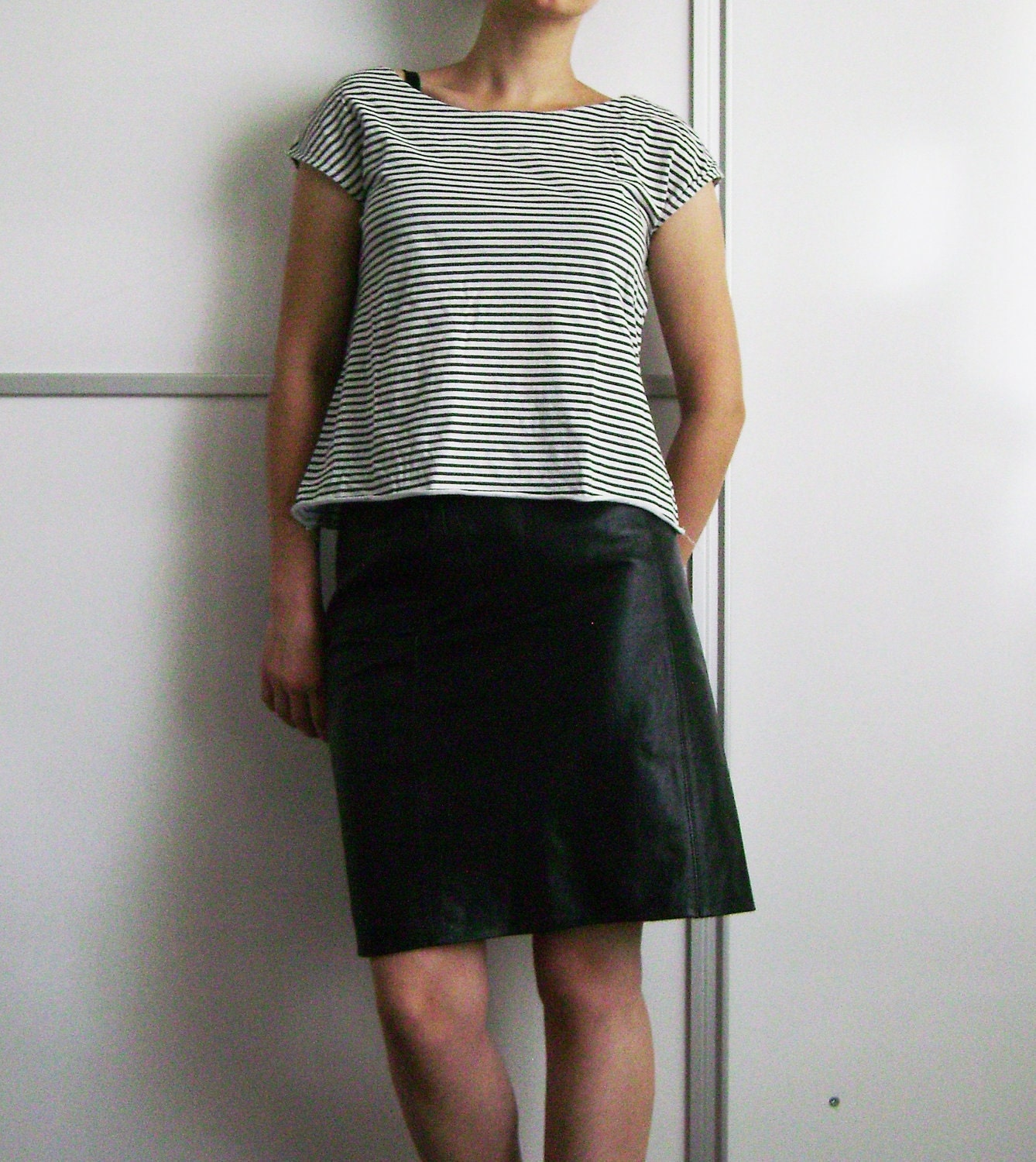 vintage 80s black leather pencil skirt m l by enygmus on etsy