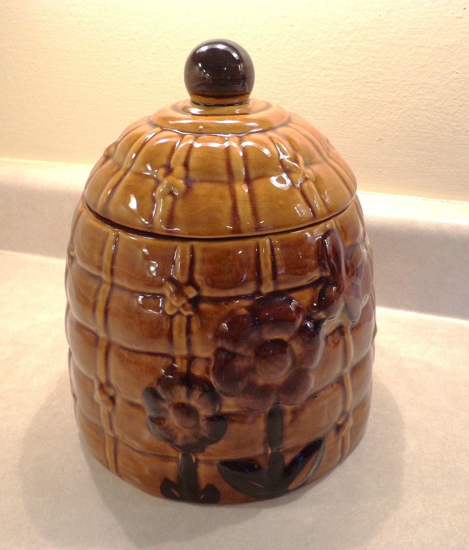 Vintage bee hive cookie jar los angeles by vintageroseor on etsy - Beehive cookie jar ...