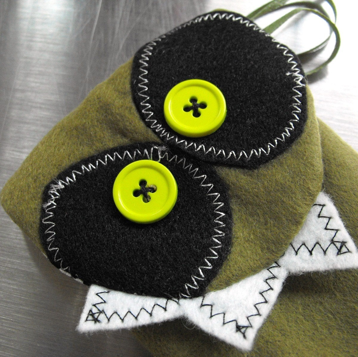 I CAN HAS IPOD - MONSTER MINI POUCH