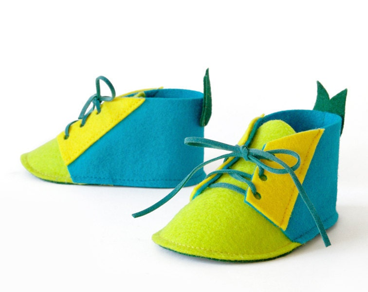 Baby boys shoes turquoise blue & green pure wool felt booties, newborn baby gift crib shoes, house slippers
